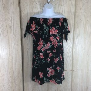 One Heart Clothing Off the Shoulder Dress XS